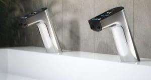 mitigeur-electronique-sur lavabo-de WC-publics