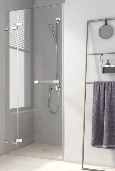 Gros plan sur la porte de douche Tusca de Rothalux