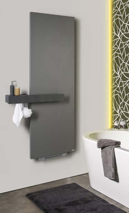 Ambiance avec sèche-serviettes panneau gris avec soufflant