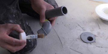 Comment coller les évacuations en PVC