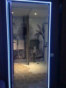 Le système d'éclairage dans la Smart Room des hôtels Accor