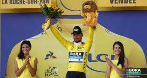 Peter Sagan avec son maillot jaune, Hansgrohe Tour de France 2018