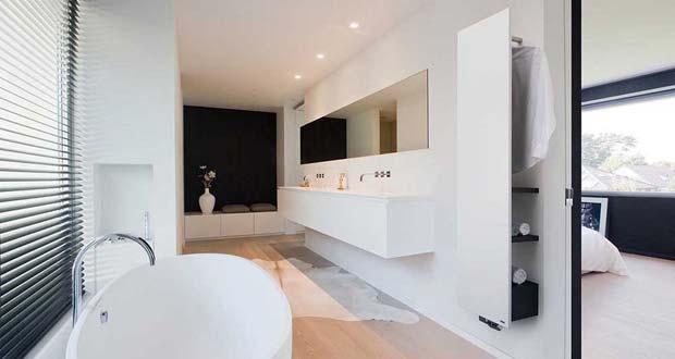 Salle de bains équipée d'un radiateur Niva Bain de Vasco.