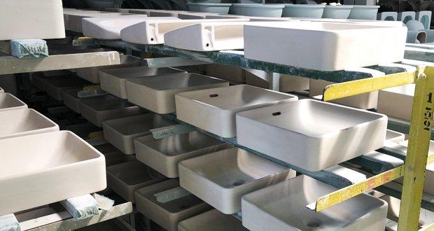 Vasques Vox, dans l'usine Jacob delafon de Belvoye
