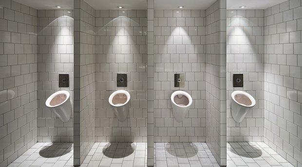 5 Types D Urinoirs Pour Equiper Les Toilettes Pour Hommes