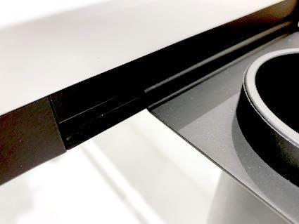 Système de fixation d'accessoires du lavabo PMR Hewi