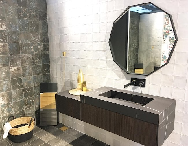 meuble de salle de bains design à l'intérieur du magasin Porto Venere