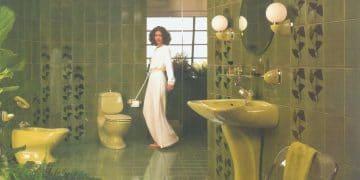 une salle de bains verte années 1970