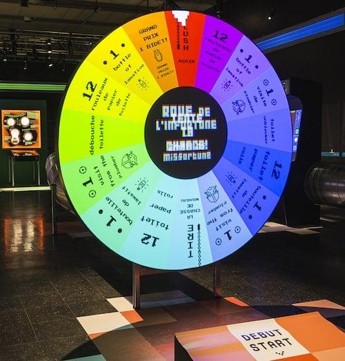 la roue de l'infortune à l'exposition Ômerde